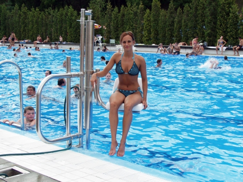 631836-08-04-01-lift-za-bazen-pool-3